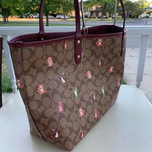 Coach F80246 Reversible City Tote Party Animals